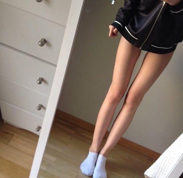 худые женские ноги